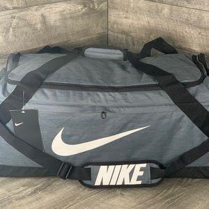 Nike Brasilia Large Training  Duffle Bag Grey